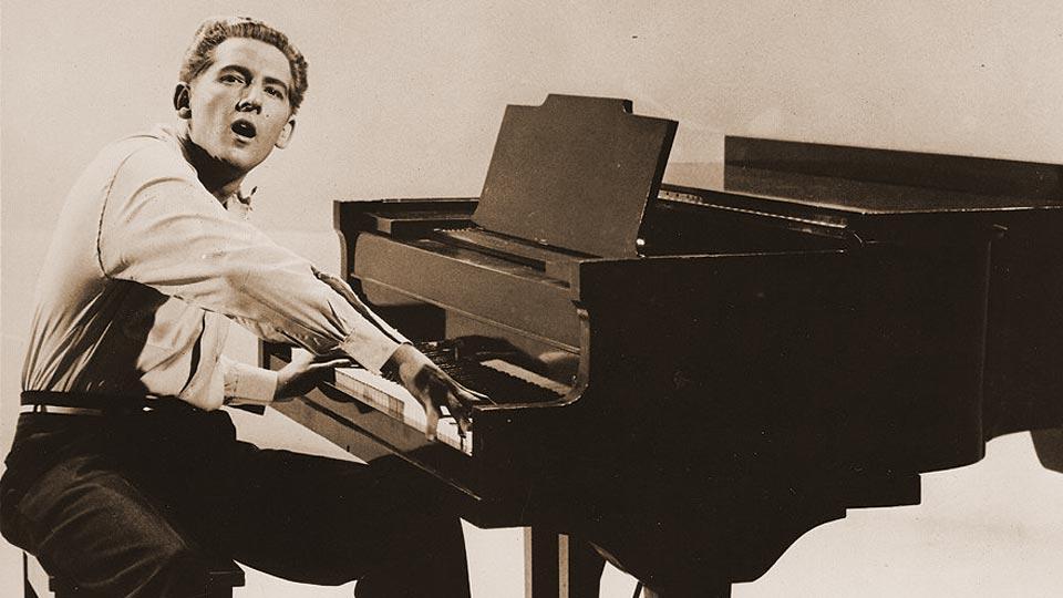 chi-era-jerry-lee-lewis-storia-vita-cantante-pianista-rocknroll