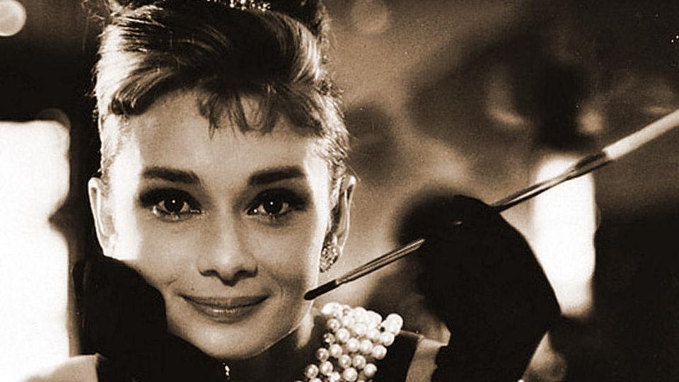 guida-tutorial-make-up-stile-anni-50-trucco-donne